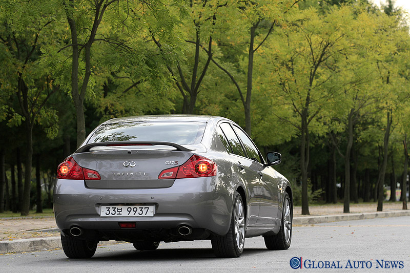 G37 세단