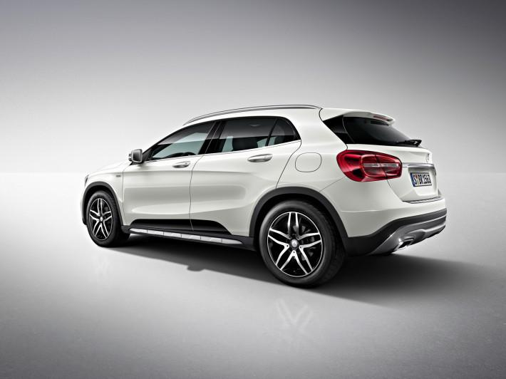 2017 l GLA 200 d 4MATIC