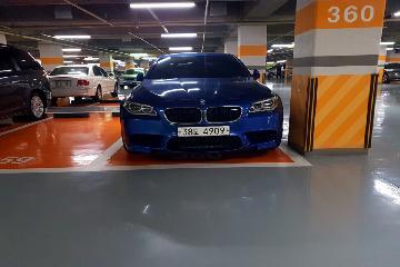 세단 가솔린 4.4