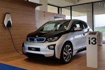BMW, 'i-홈 충전기' iF 디자인 어워드 수상..협업 통한 효과