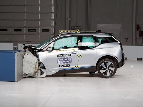 [IIHS] 2017 i3 moderate overlap IIHS crash test