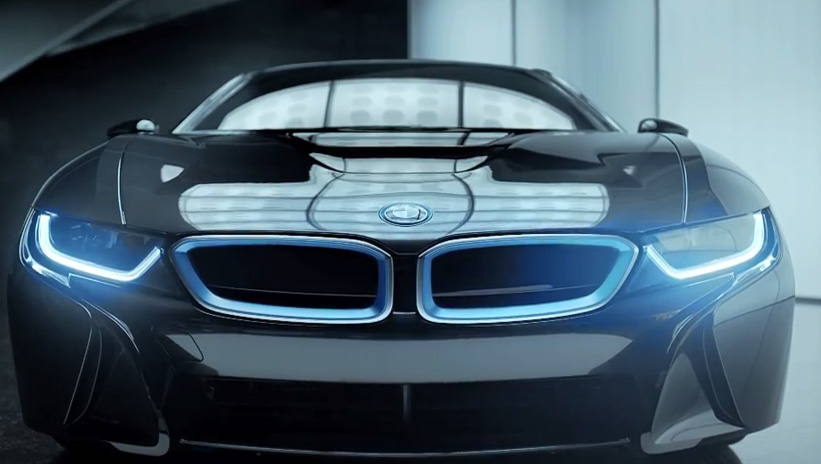 BMW i8. BORN ELECTRIC.