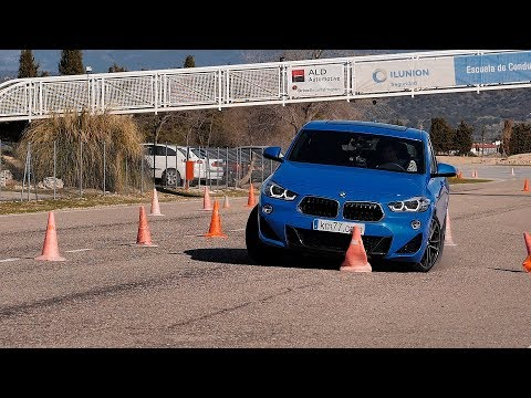 [km77.com] BMW X2 2018 - moose test