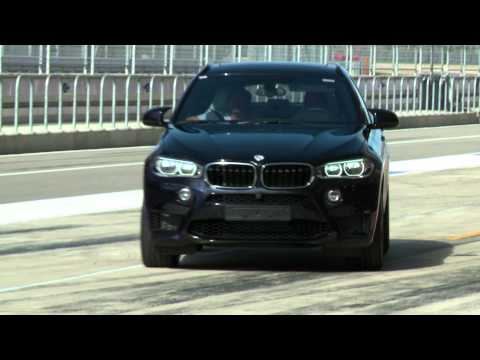 DTM drivers talk with engineers about the BMW X6 M