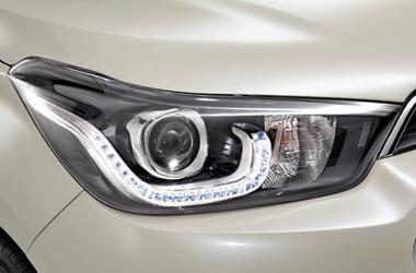 프로젝션 헤드램프 (크리스탈 LED 포지셔닝 & 주간주행 램프 포함)이미지