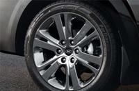 245/45R20C 타이어 & 브라이트 크롬 스퍼터링 알로이 휠이미지
