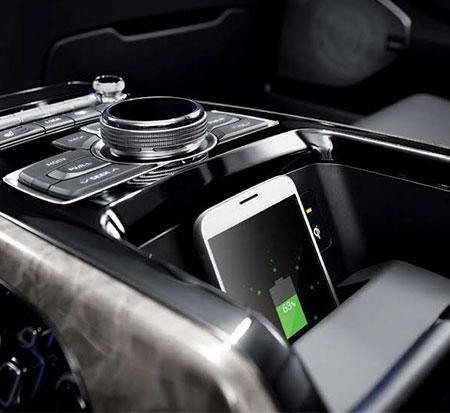 뒷좌석 스마트폰 무선 충전 시스템