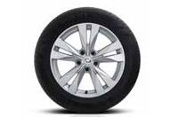 17인치 알로이 휠 & 225/55R17 타이어이미지