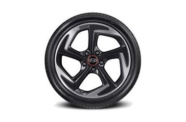 225/40R18 타이어 & 18인치 알로이 휠이미지