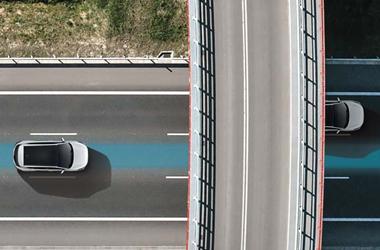 고속도로 주행 보조(내비게이션 패키지 선택 시)이미지