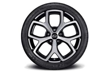 225/40ZR18 미쉐린 PSS 타이어 & 18인치 알로이 휠이미지