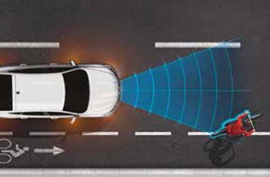 긴급제동 보조 시스템(AEBS, 차량/보행자/자전거탑승자 감지)이미지