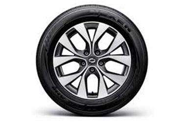 17인치 투톤 알로이 휠 & 215/60R 17 타이어이미지