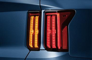 버티컬 타입 LED 리어 콤비네이션 램프이미지