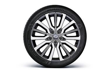 19인치 투톤 알로이 휠 245/40 R19 타이어